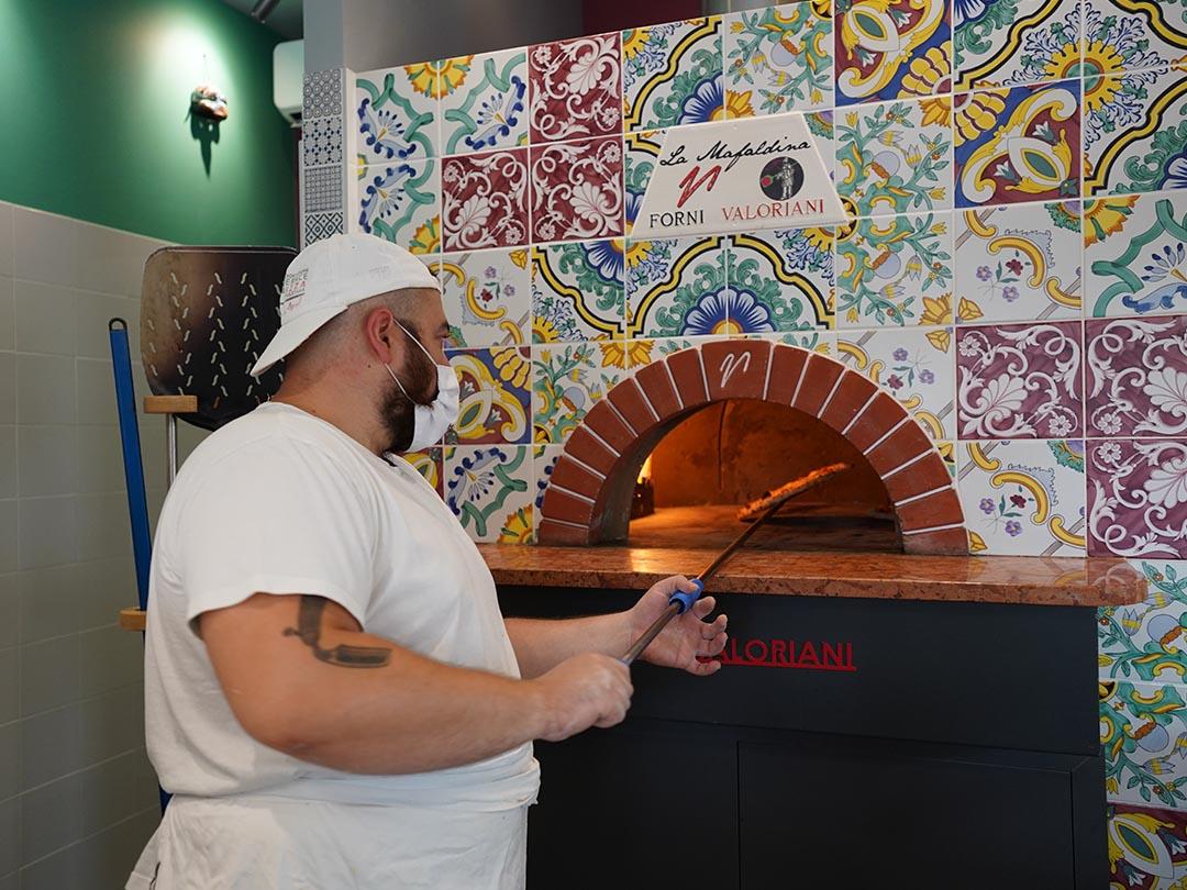 Pizza Napoletana in forno - Forni Valoriani